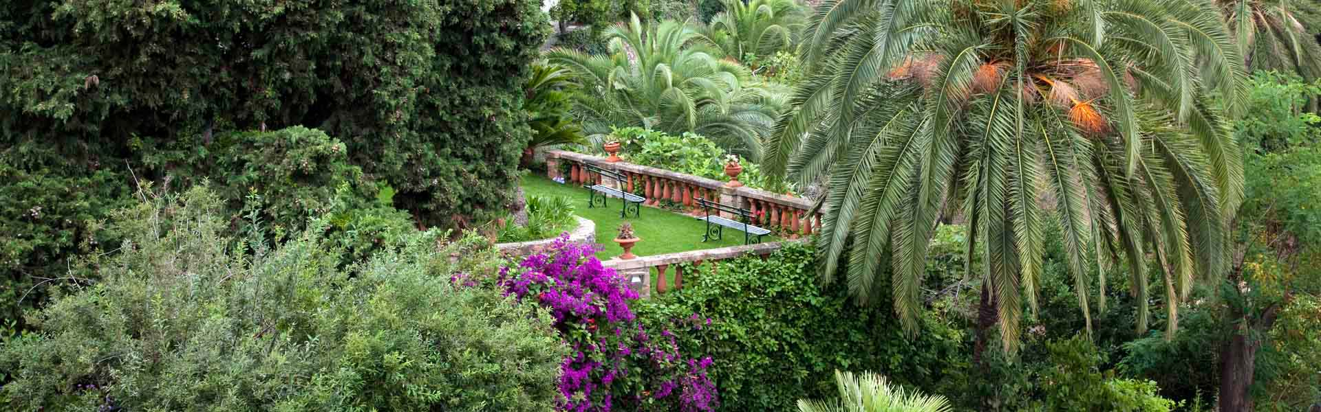 HISTORIC GARDEN IN LIGURE   Italy